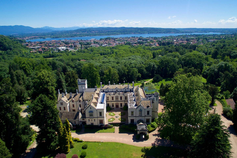 Best Airbnb Castles