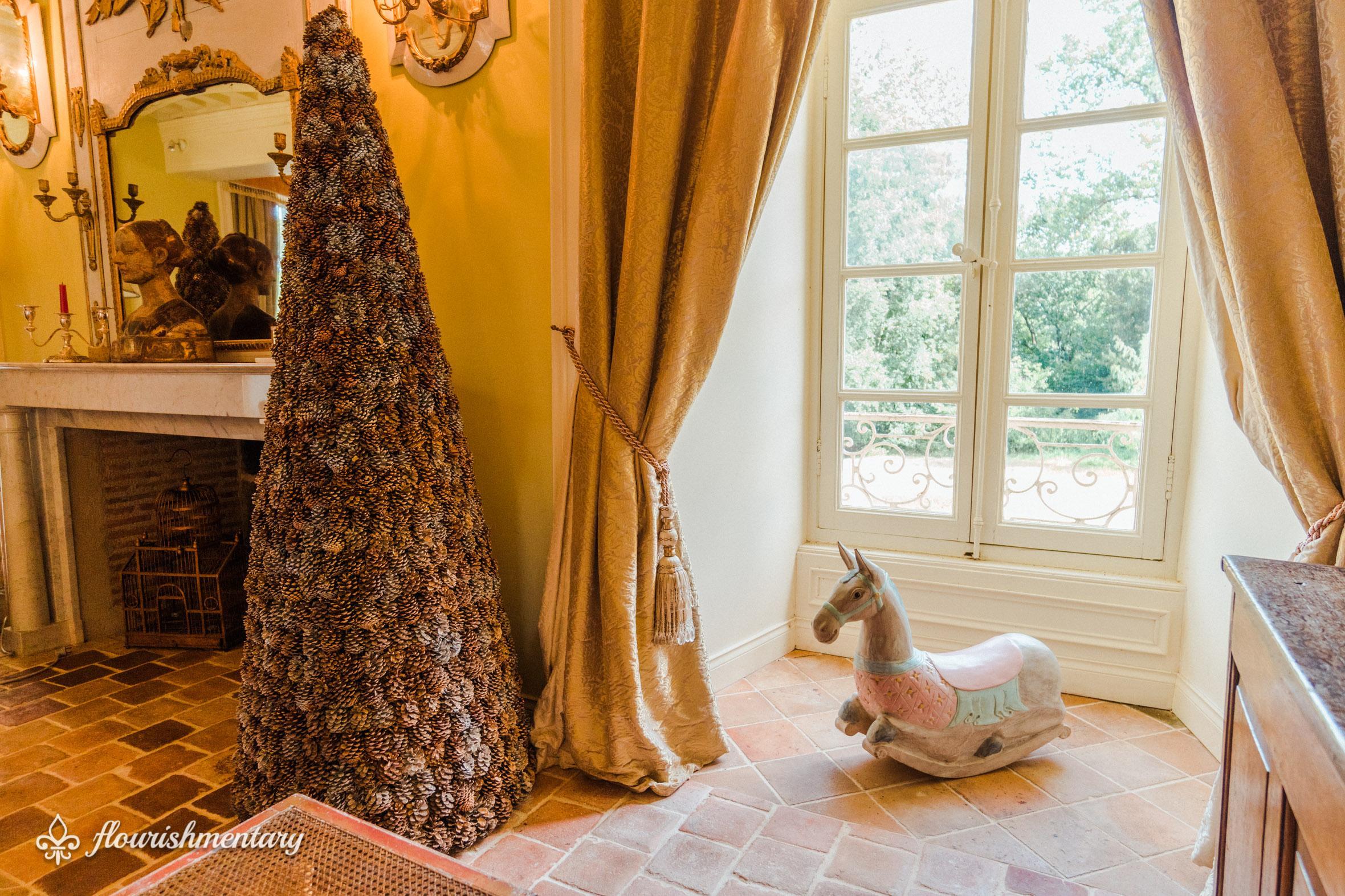 the grand salon chateau de lalande