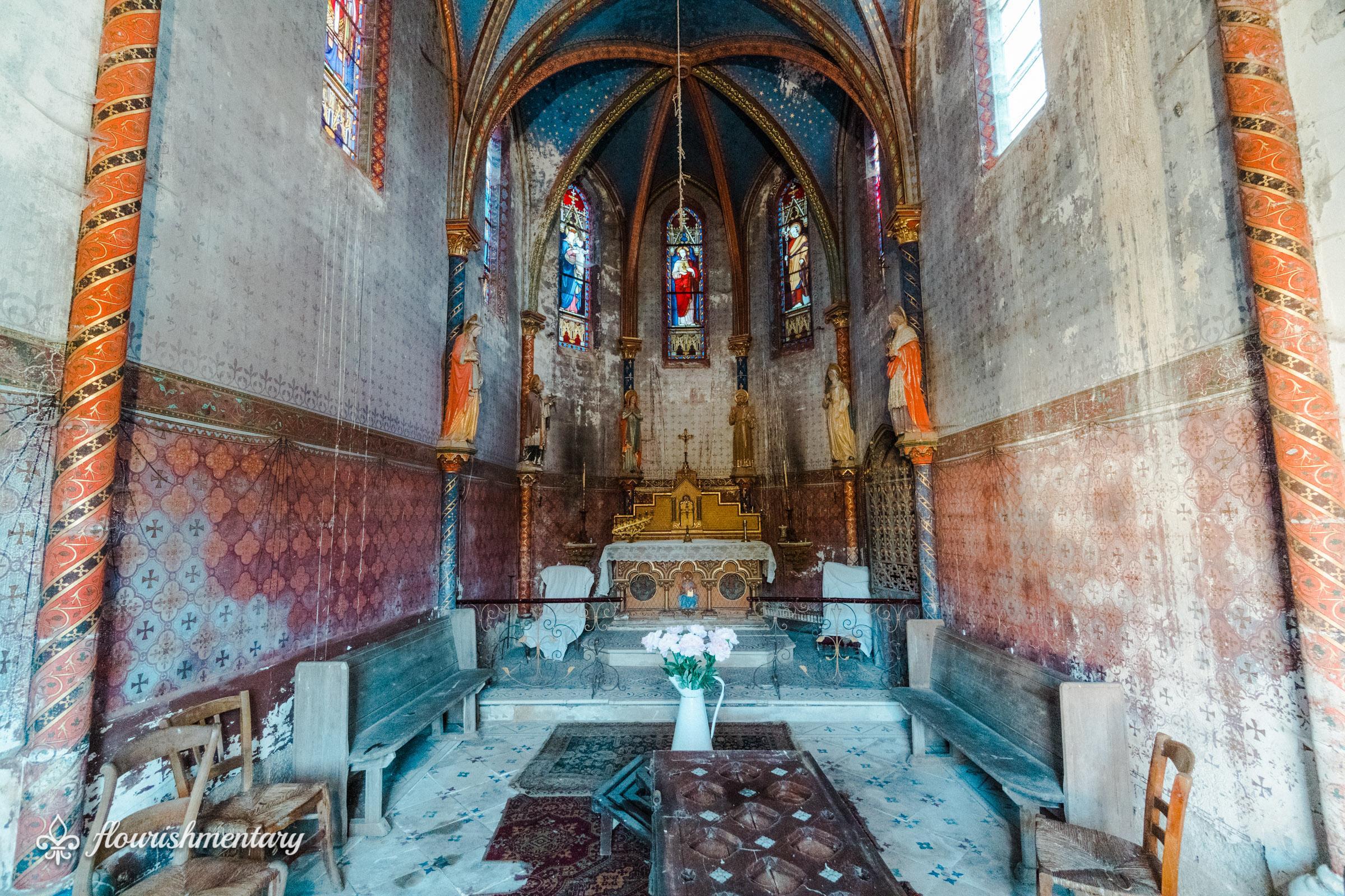 small 19th century chapel chateau de lalande