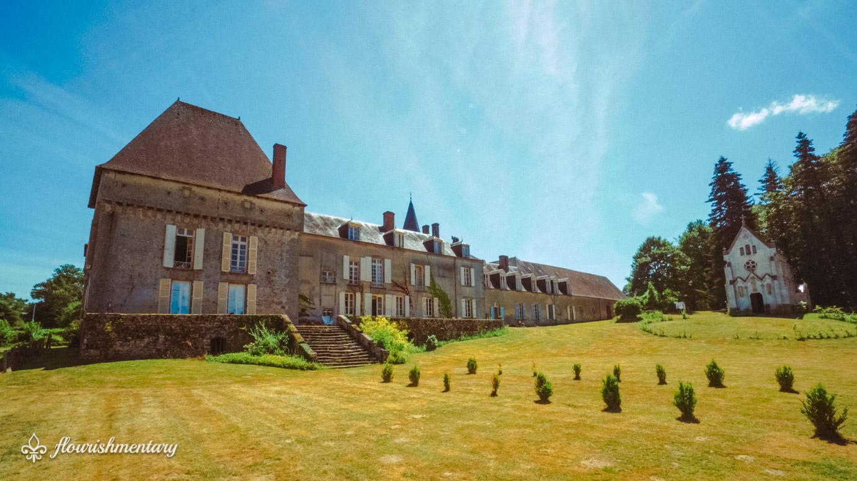 backyard chateau de lalande