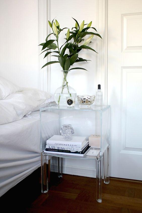 ways to make a small bedroom look bigger clear nightstand