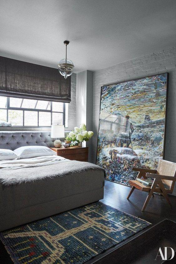 large art in small bedroom