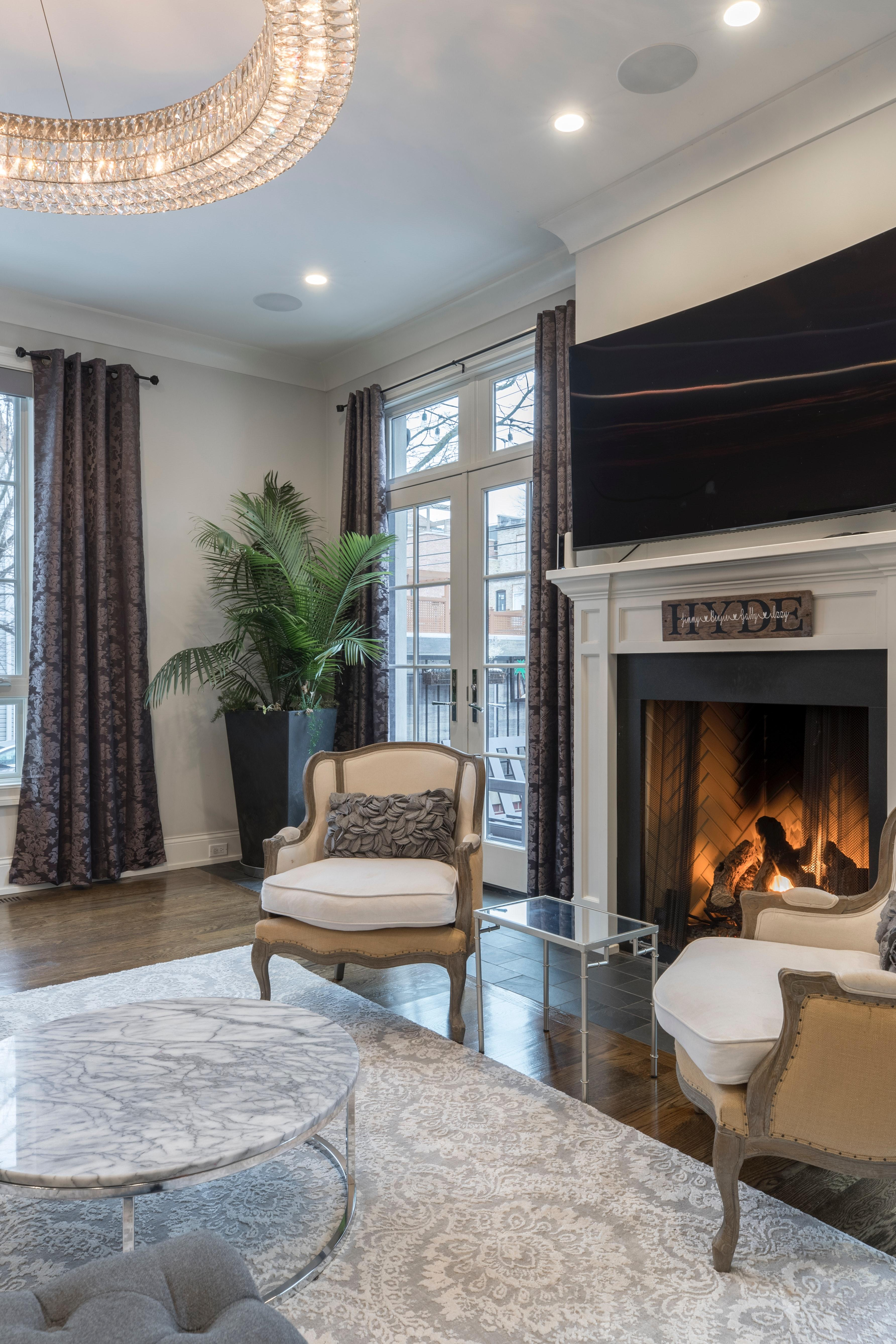 7 New Traditional Living Room Decor Ideas For An Elegant ...
