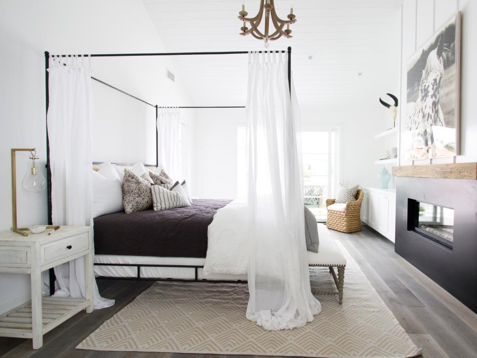 romantic bedroom canopy bed