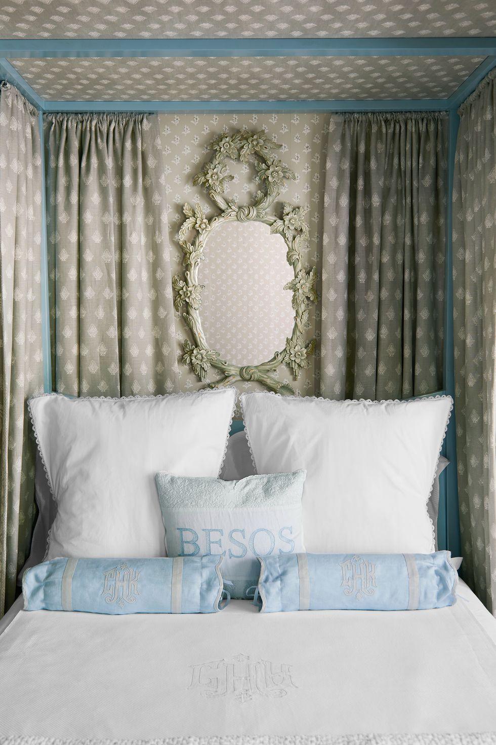 romantic bedroom kisses pillow