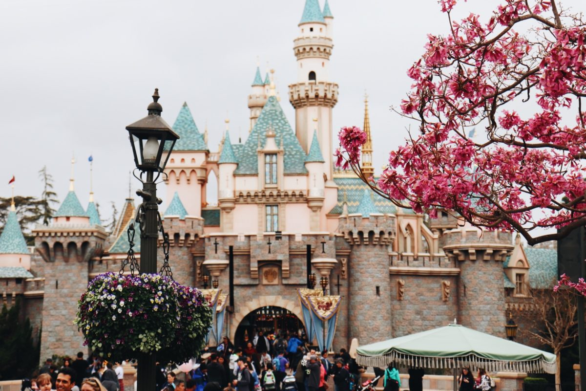things to do in LA disneyland