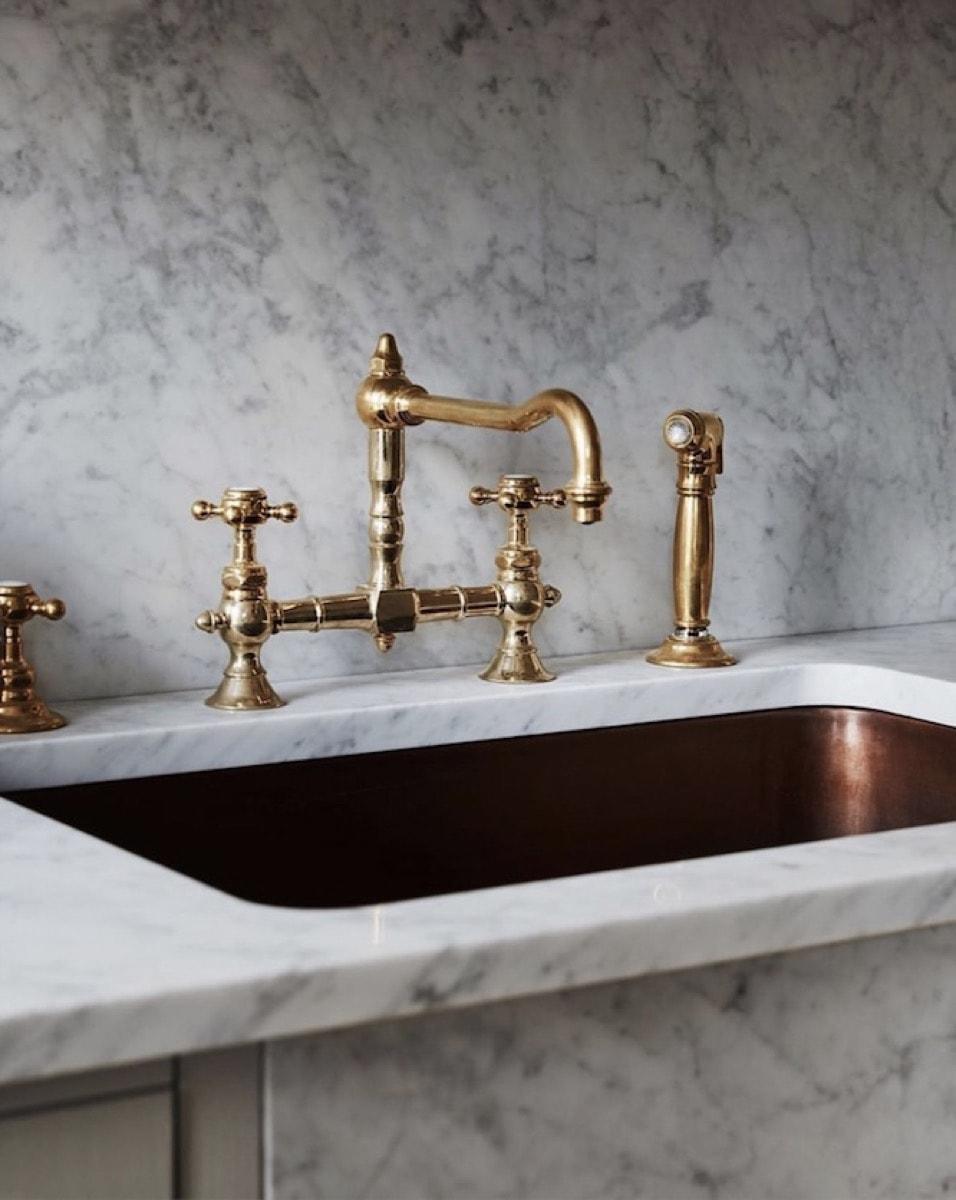 copper sink kitchen