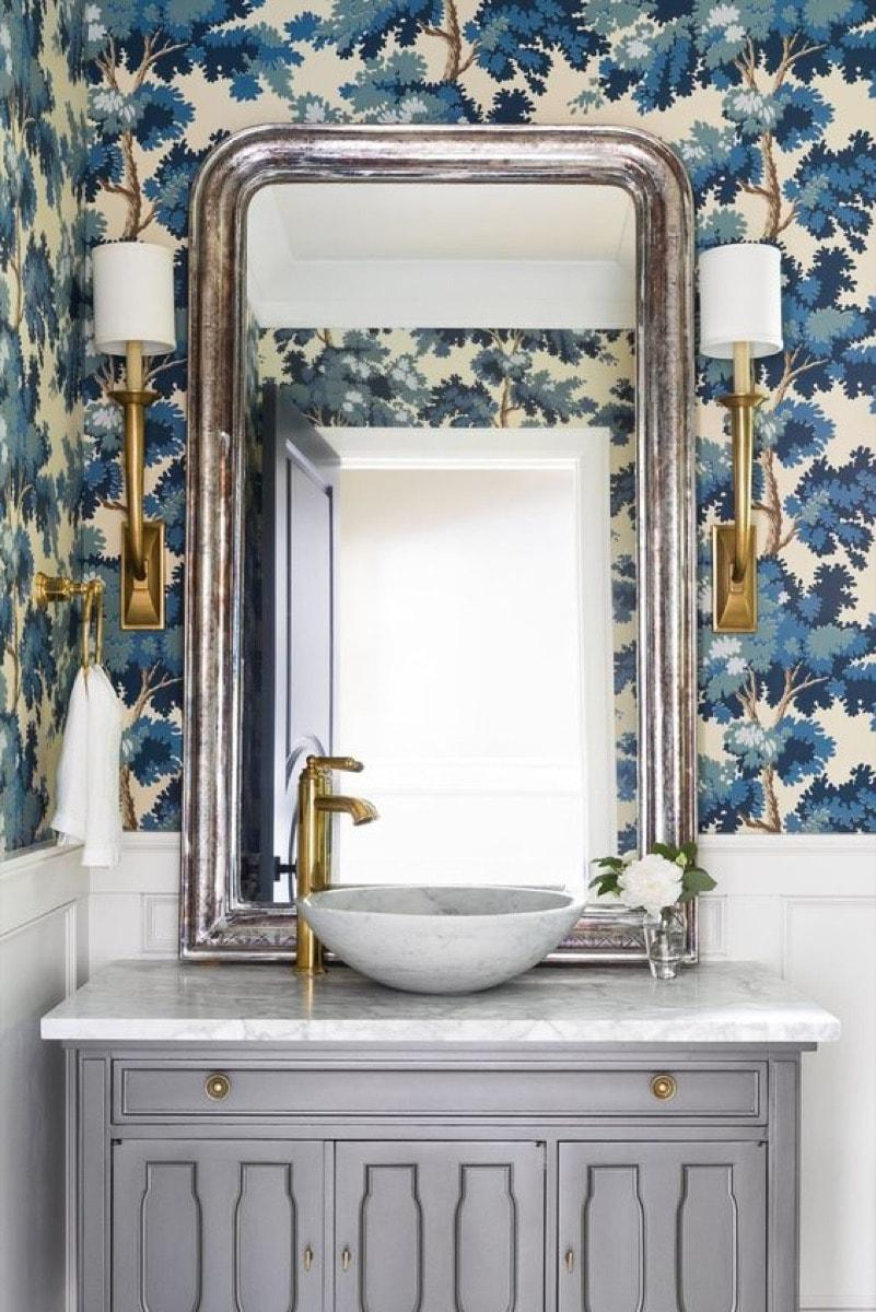 luxury staging bathroom