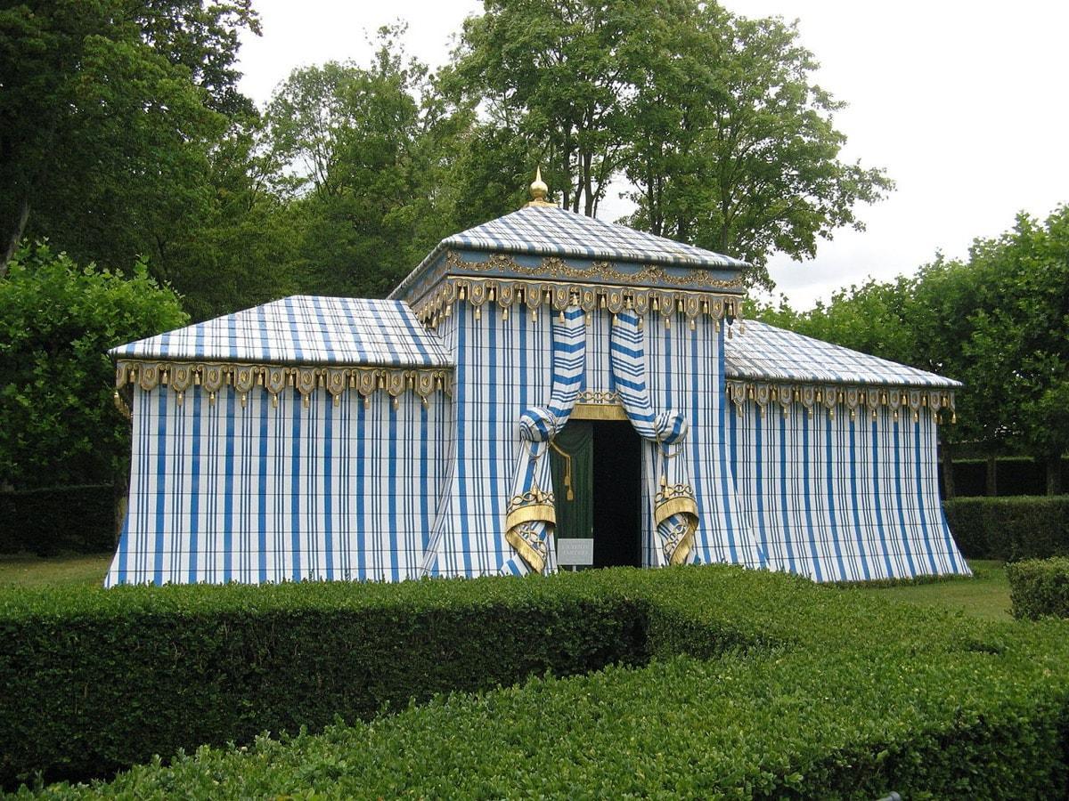 Tartar Tent, Château de Groussay garden follies