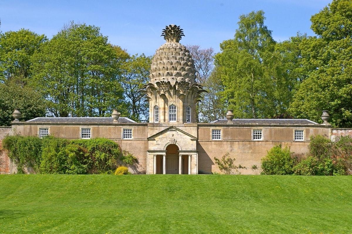 The Dunmore Pineapple - Scotland